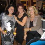 v. li. n. re. Maria Mazakarini, Margit Schnörch, Helga Marei, Foto: privat