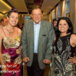 Prof. Dr. Erich Wolner mit Dr. Isolde Engeljehringer und Maria Mazakarini