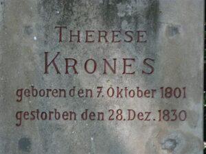 Grabstein der tragisch, viel zu jung verstorbenen Schauspielerin Therese Krones