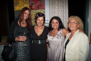 v.li. n. re: Michaela Mazakarini, Isolde Engeljehringer, Maria Mazakarini, Brigitte Spanblöchel-Glass