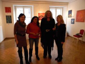 Tera-ViennART Künstlerinnen mit Doris Getreuer